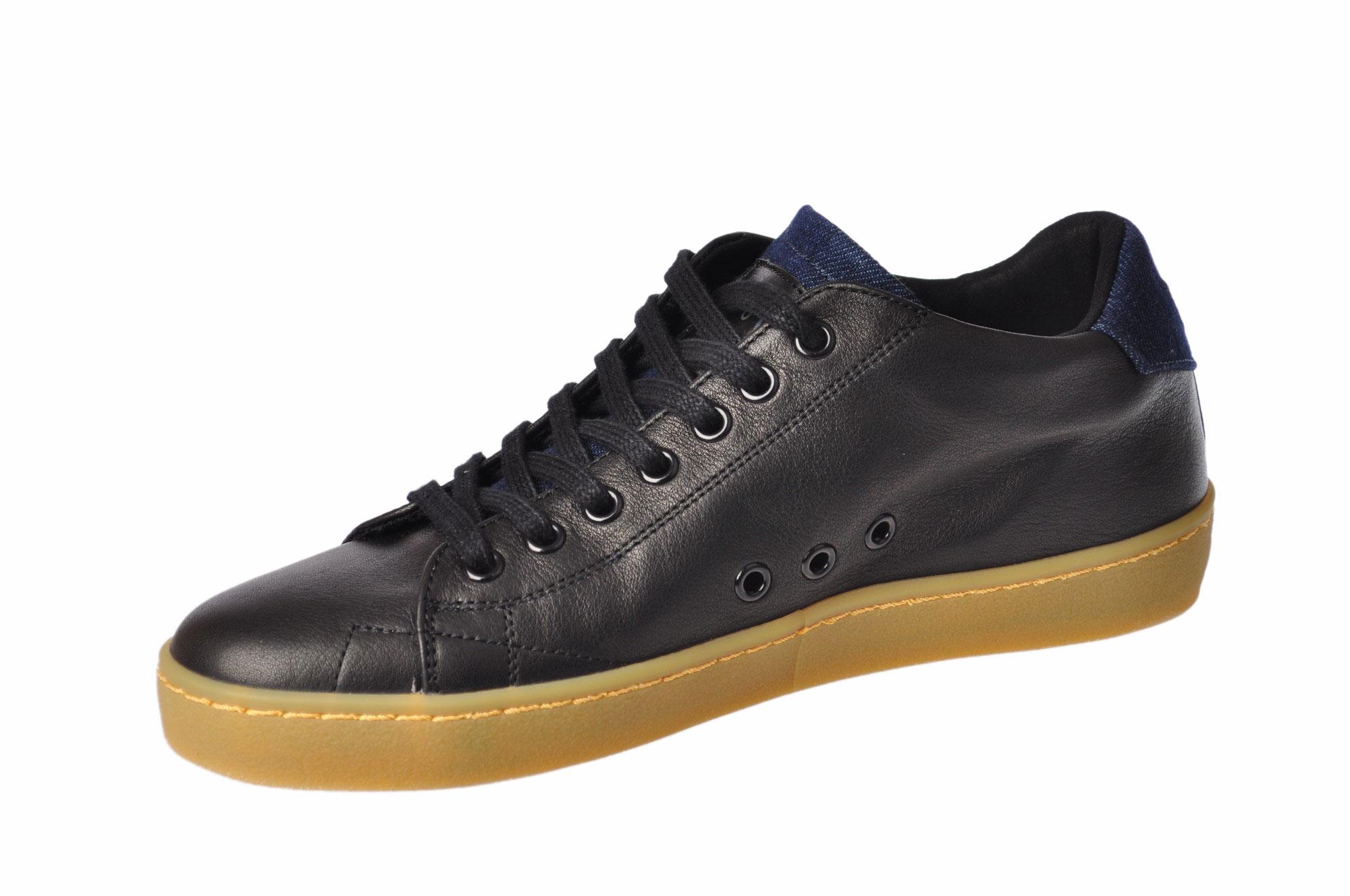 Leather Crown - Scarpe
